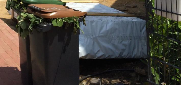 Kompost Auf Rasen Ausbringen : rasenpflege wie sie ihren rasen richtig pflegen k nnen ~ Orissabook.com Haus und Dekorationen